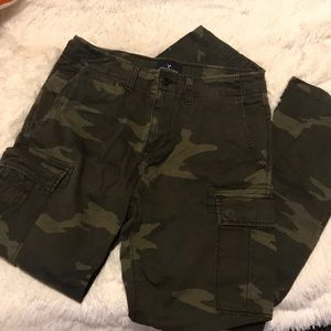 VGUC Men's American Eagle CAMO Cargo Pants